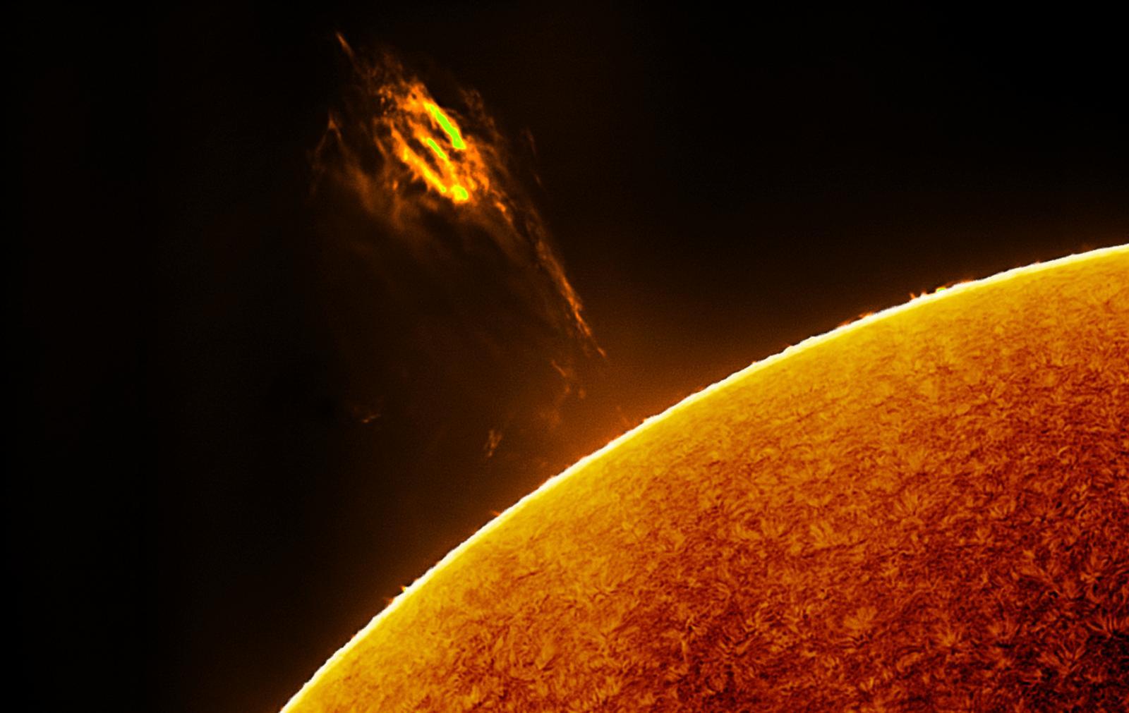 Solar H-Alpha_101955_2015-04-28B.jpg