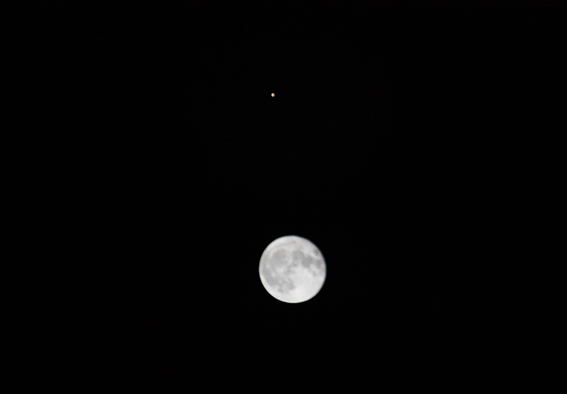 Mars_Moon_Conjunction_2020_web2.jpg